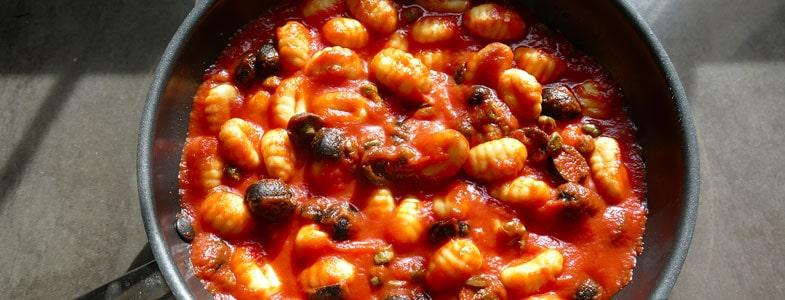 recette-vegetarienne-gnocchis-puttanesca