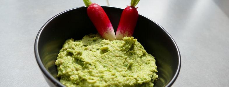 recette-vegetarienne-houmous-fanes-radis
