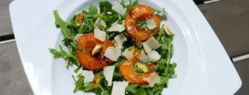 recette-vegetarienne-roquette-abricots-rotis