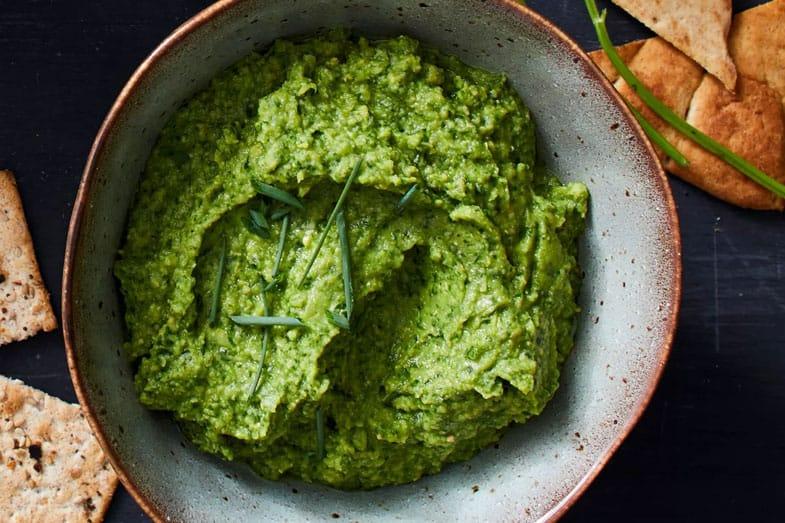 recette-vegetarienne-houmous-vert