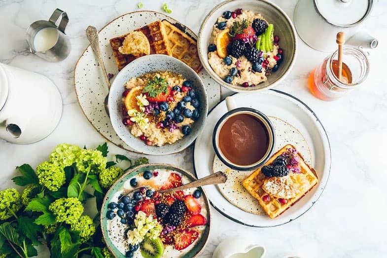 12 idées de petits-déjeuners complets et équilibrés