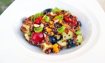 Salade de quinoa rouge d'été