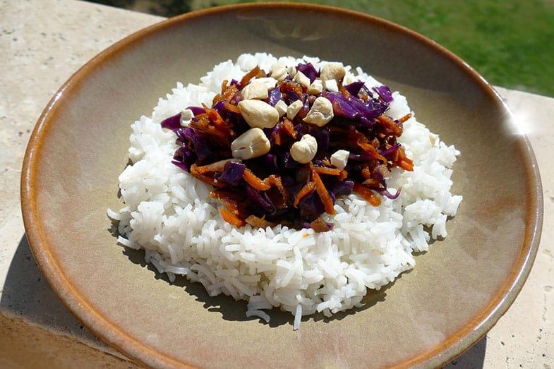 recette-vegan-riz-chou-rouge-asiatique